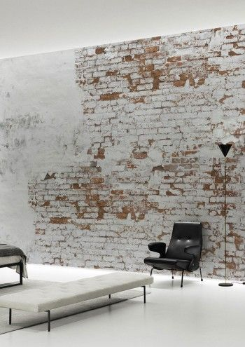 wall in white and brown bricks